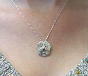 17.Jewelry Gift Ideas for 6085 years old Women