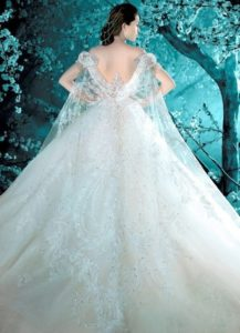 23.Wedding dresses for brides over 50