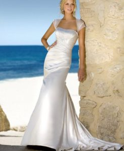25.beach wedding dresses for over 50