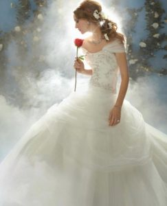 30.Cute Wedding dresses for older brides