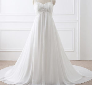 33.Cute Wedding dresses for older brides over 60