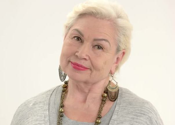 Hairstyles For Women Over 60: Hairstyles For Fat Women Over 60