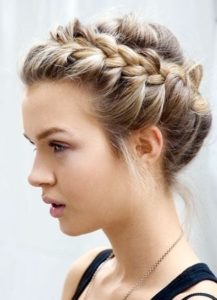 cute thanksgiving hairstyles for medium hair