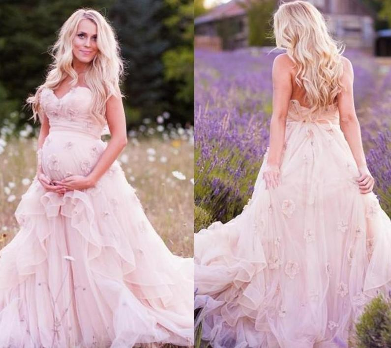 Plus size maternity dresses for weddings