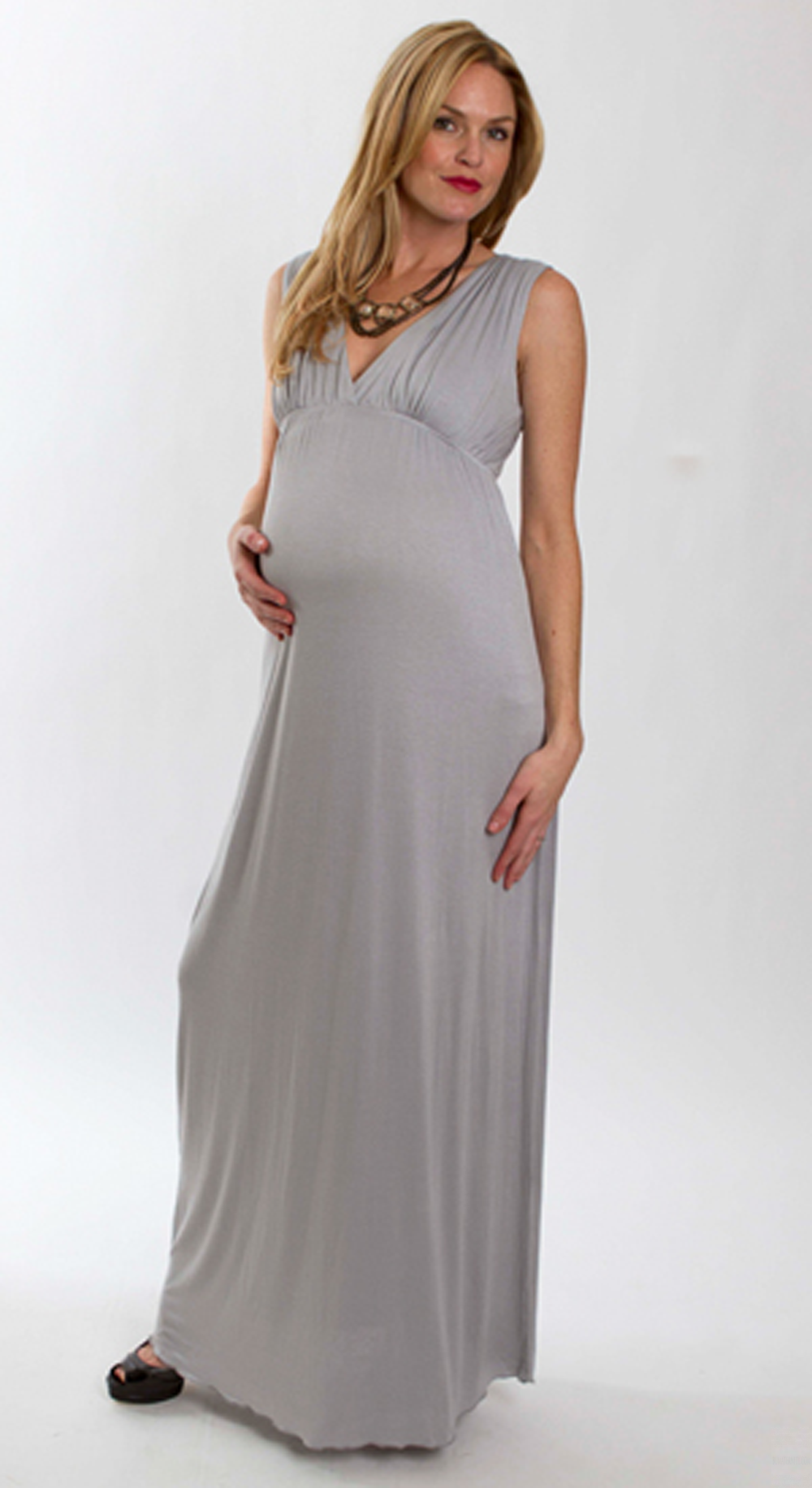 Maternity gowns online are the most searched sentences online as one has to look for comfortable clothing. A mother is always concerned about her baby and till the time he or she is in the womb. A mother is always concerned about her baby and till the time he or she is in the womb.