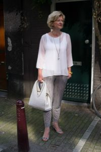 2. Outfit for over 60