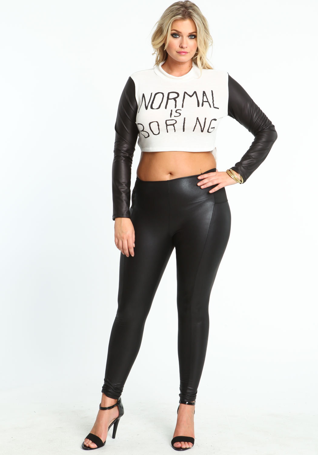Only Leggings is proud to offer an amazing collection of women's plus size leggings from faux leather to wonderful plus size cotton leggings at fabulous prices.