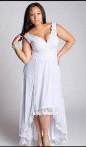 35. What to wear on a fall wedding if you are plus size