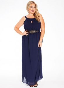 2. Dazzling gown for plus size women