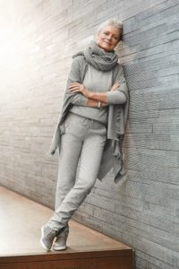 1. Casual outfits for 50 year old woman