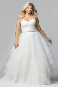 10. Discount plus size wedding dresses