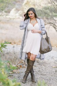 10. Stylish Maternity dresses for baby shower