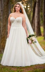 18. Plus size vintage wedding dresses