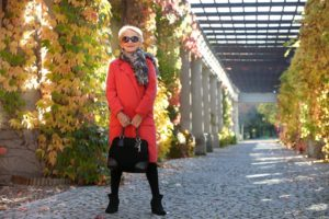 2. Fashion for over 60 year old women