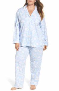 2. Women's plus size Christmas pajamas