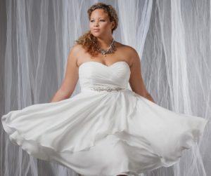 23. plus size short wedding dresses