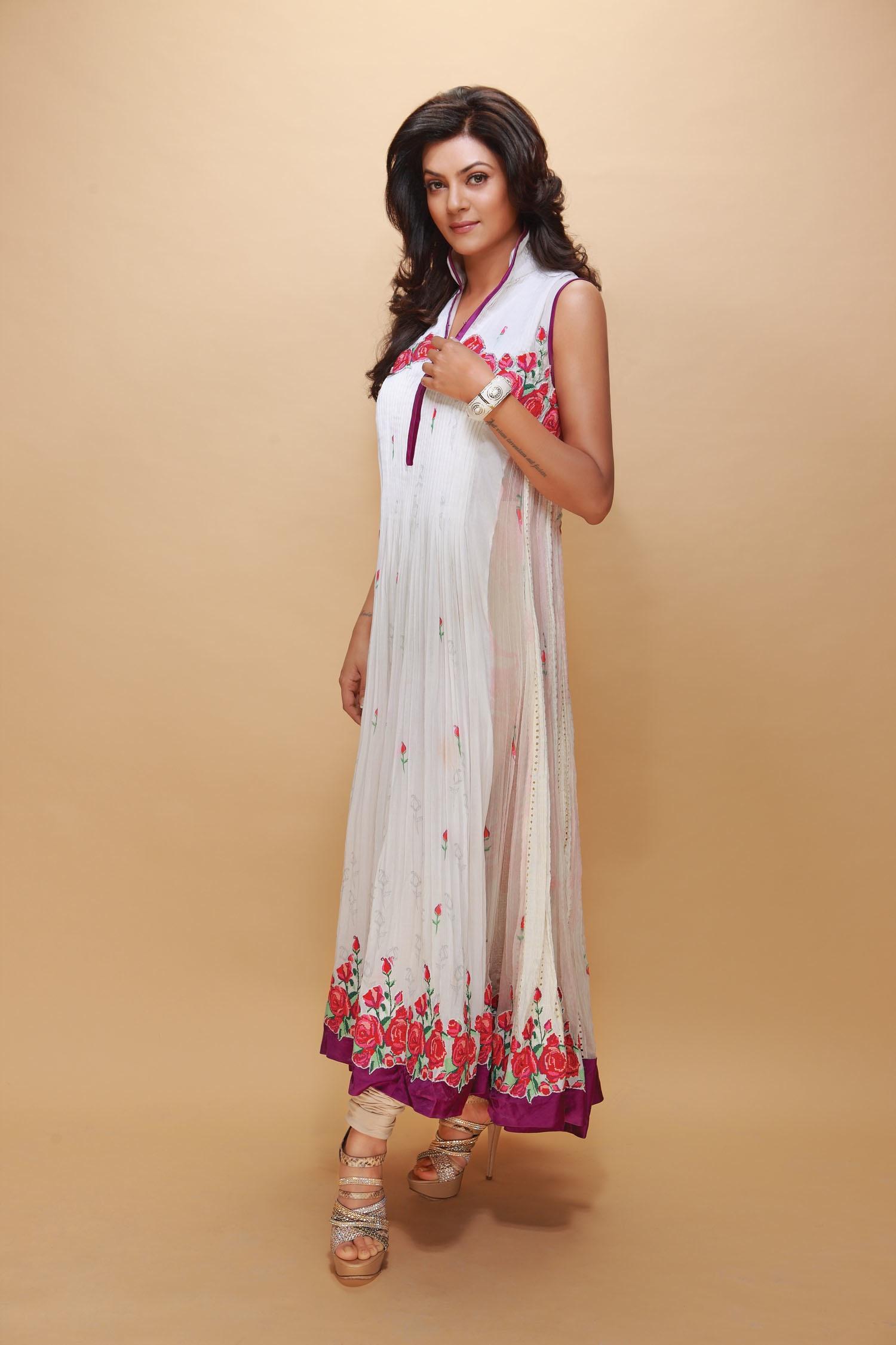 Cute Plus Size Summer Outfit Ideas - Plus Size Women Fashion