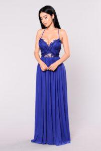 28. Maternity prom dresses