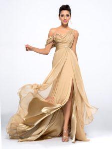 28. latest fashion dresses for Christmas ideas