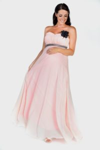 32. Pregnant prom dresses