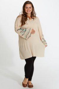 35. Formal maternity dresses