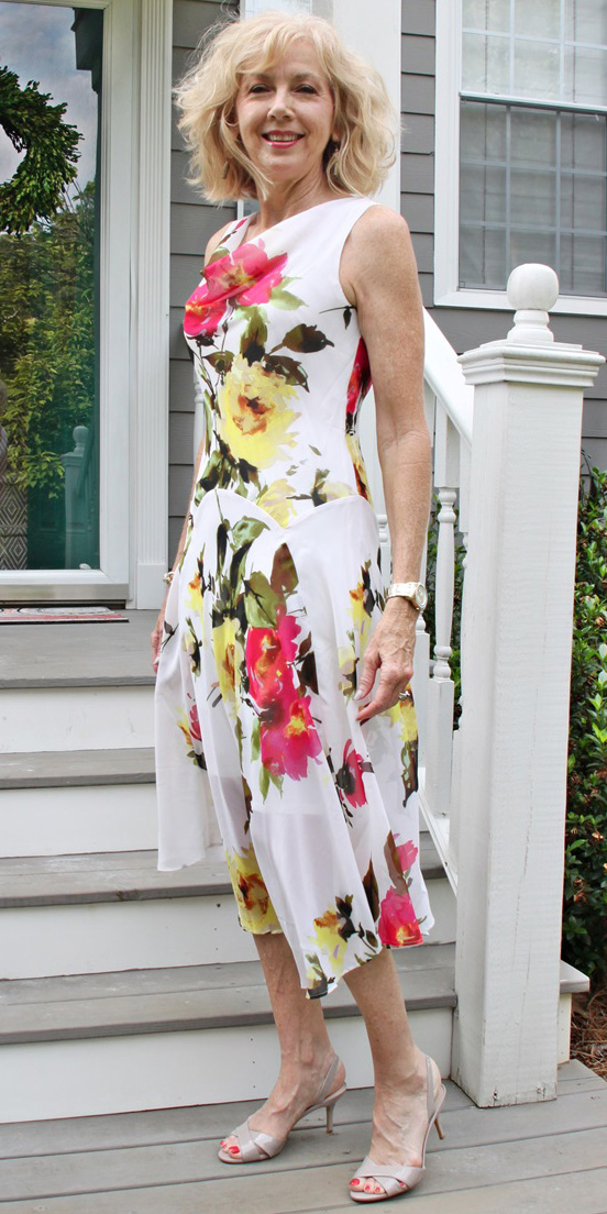 50 Cool Summer Dresses for Women Over 50 - Plus Size Women ...