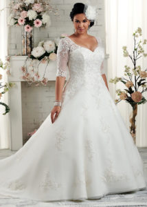 5. Best wedding dress for plus size