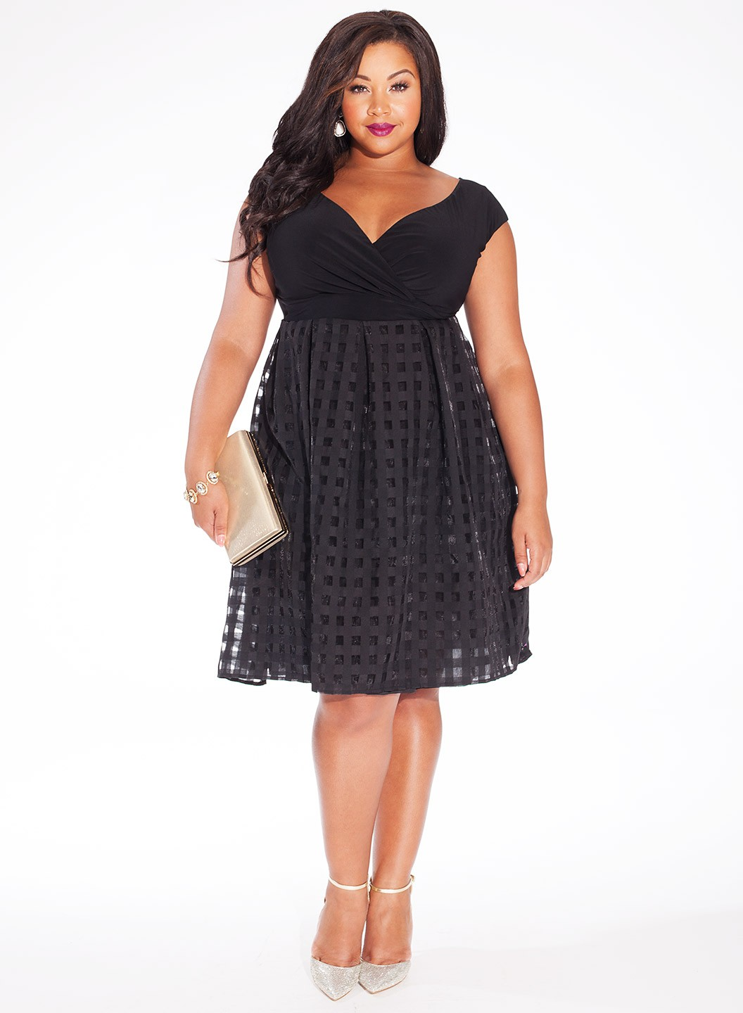 50 Stylish Dresses To Wear To A Spring Wedding 2019 Plus Size