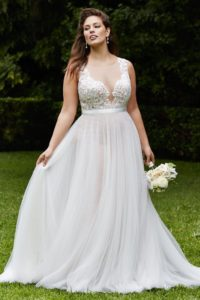 6. Best wedding dress for plus size