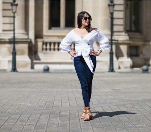 How To Look Slimmer And Tall In Jeans