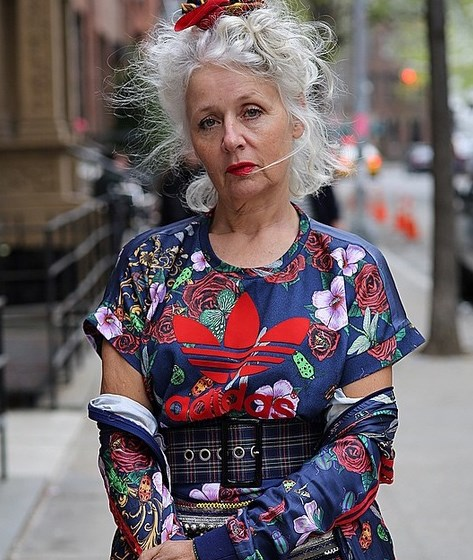 Stylish Clothes For 70 Year Old Woman Uk
