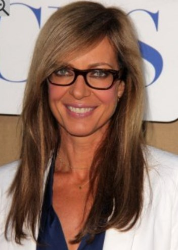 Medium Hairstyles For Over 50 With Glasses